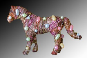 Horses with attitude... pin - chestnut with  colored pearls